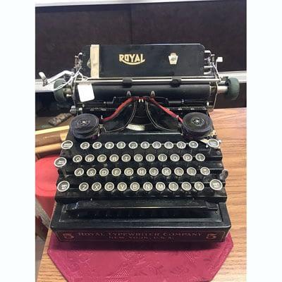 Vintage Royal Typewriter at 2nd Time Around
