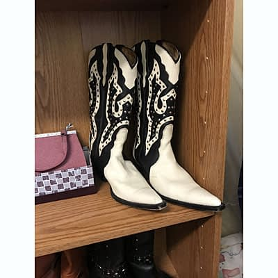Women's White Ranch Boots at Wysteriasage